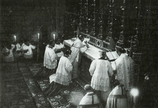 470 Pius XI Concelebration