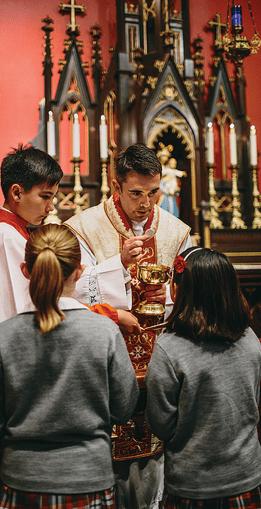 878 Kneeling for Communion