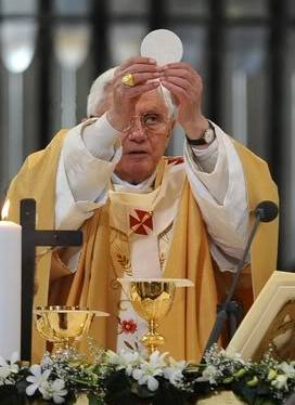 LMT Pope Benedict During Consecration