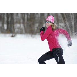 Snowshoeing fast as a bird!