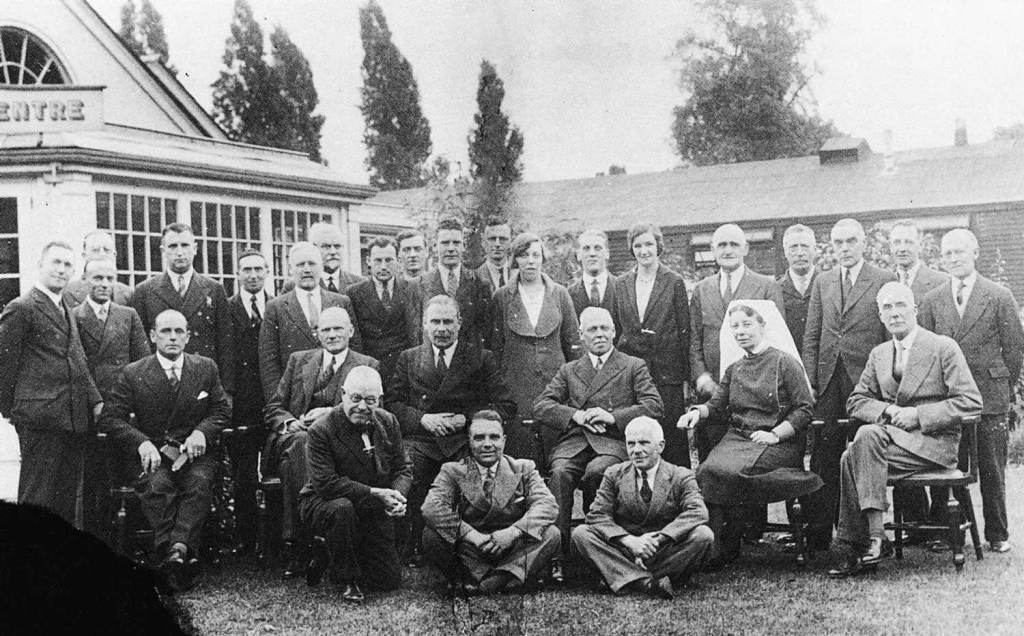Opening the new limb fitting centre in 1932