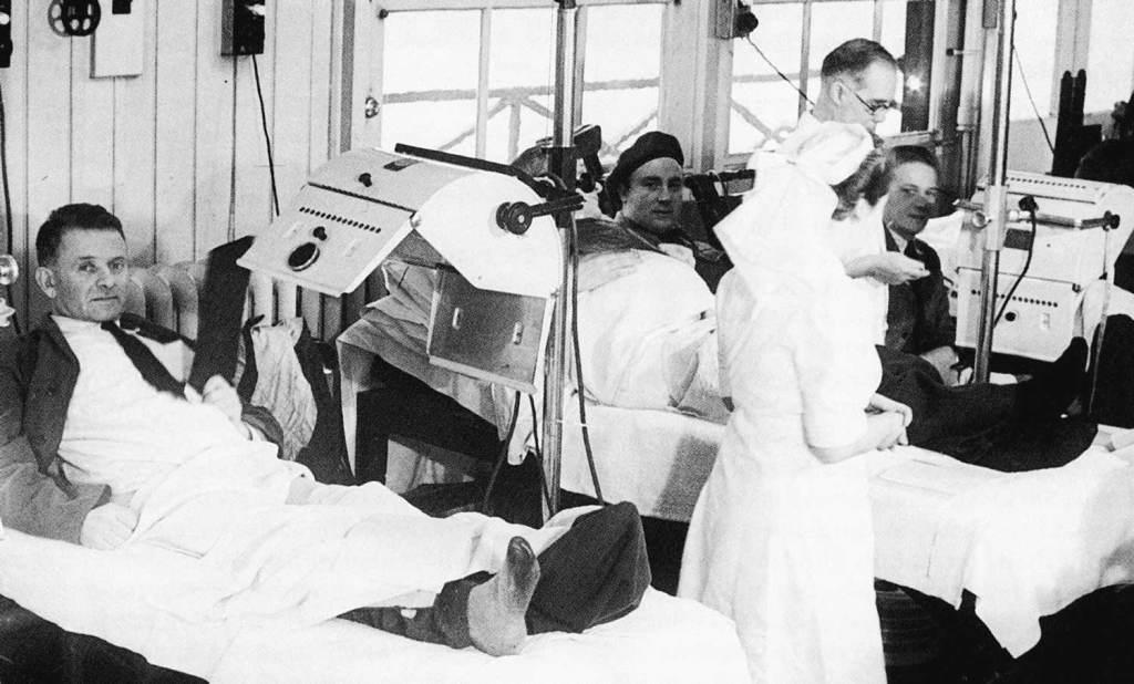 1940s ward round
