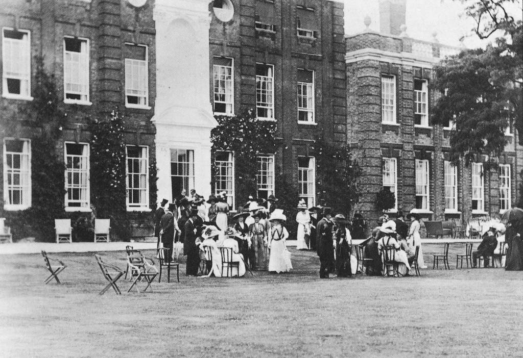 The old north wing – demolished by Lutyens