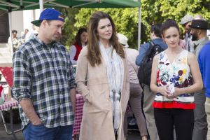 This image released by Netflix shows, from left, Scott Patterson, Lauren Graham and Alexis Bledel in a scene from,