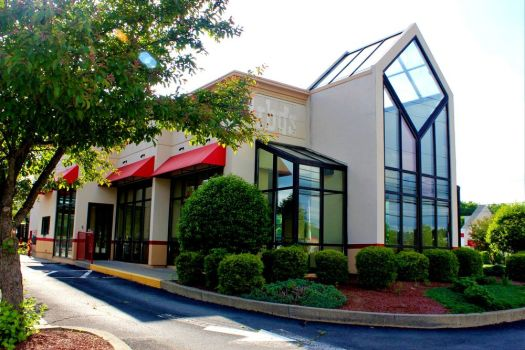 Wendy's will open a new restaurant in New Milford at 132-134 Danbury Road, next door to Staples and across the street from the Lore's shopping plaza, in the fall. Alicia Sakal Republican-American