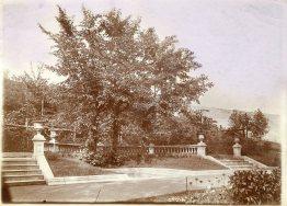 L'ancien aménagement de la Fontaine d'amour dans le parc Josaphat à Schaerbeek (vers 1910)