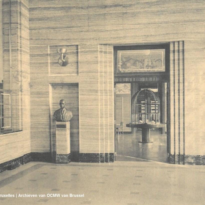 01-hall-entree-institut-eastman
