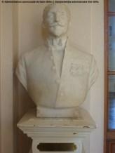 Buste van Louis Morichar, grote overloop op de erste verdieping van het stadhuis van Sint-Gillis