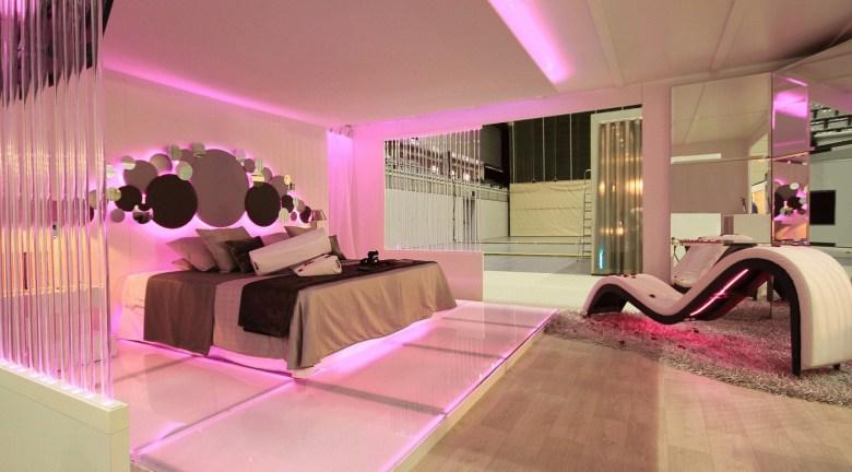 Pink Glass Romantic Bedroom