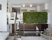 pulltab-design-green-wall-planter-indoor-installation