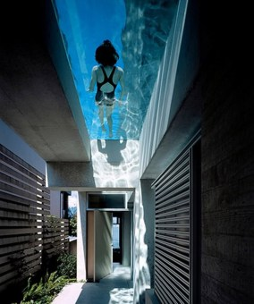 cool-concrete-house-with-hot-swimming-pool-feature-1