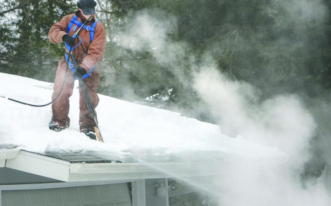 Ice Dam Removal Archway Contracting is your go to for Storm Damage, Repair or Replacement of Roofing, Siding, Windows or Gutters. We also offer Ice Dam and Snow Removal