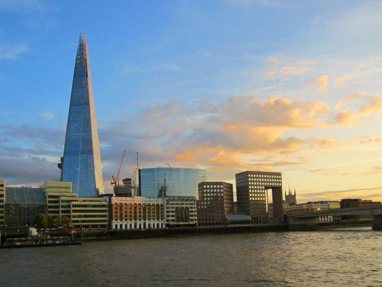 Londra Tamigi The Shard