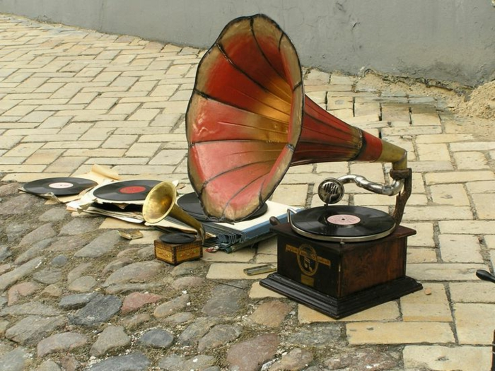 Le Tourne Disque Vintage Et La Magie Du Son Ancien