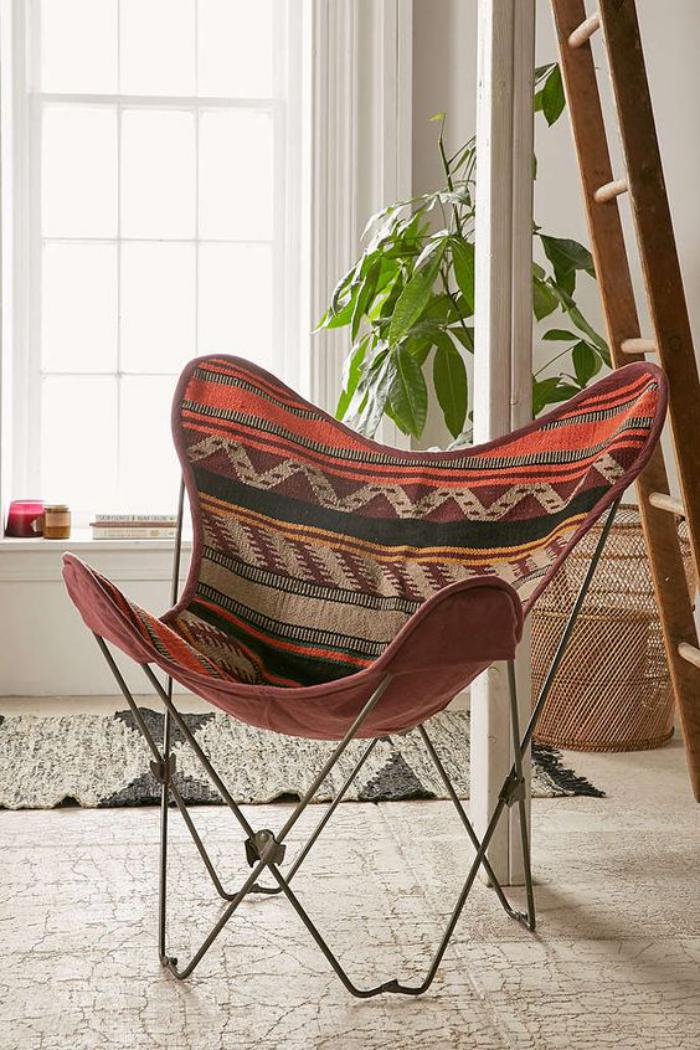 la chaise papillon un design iconique