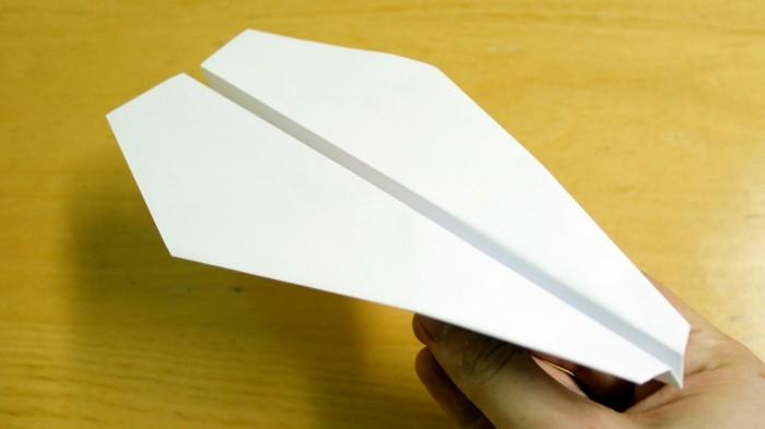 Comment Faire Un Avion En Papier Astuces Et Modles Pour