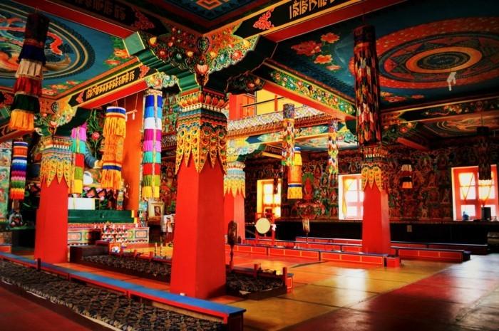 Temple Bouddhiste Centre De Sagesse Et De Paix