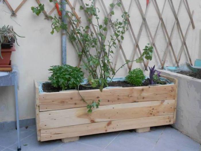 fabriquer une jardiniere en bois mode