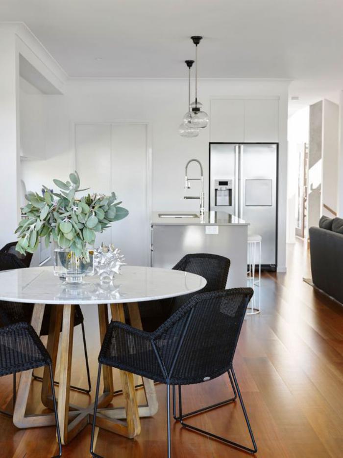 Maison Table Salle A Manger Ronde Design Décoration de ...