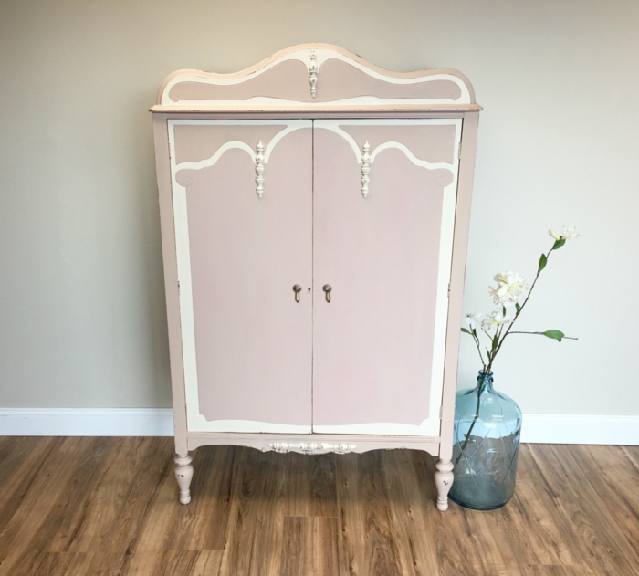 1001 Idees Pour Relooker Une Armoire Ancienne