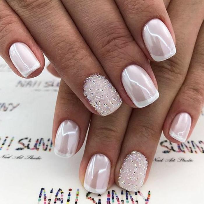 Light Pink Gel Nails Short - NailsTip