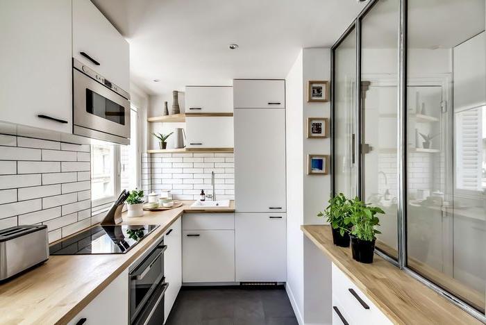 osez la verriere industrielle de cuisine une cloison au design transparent qui allie style et fonctionnalite