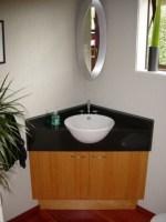 Eckwaschbecken mit Unterschrank fürs Badezimmer ...