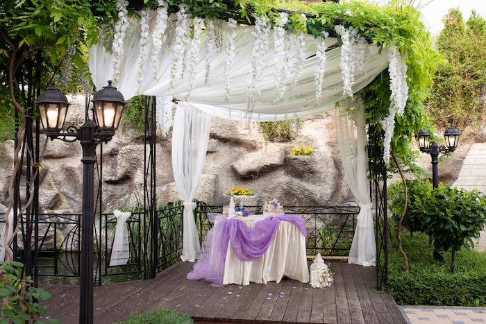 Hochzeit Dekoration Tisch Im Garten Blumenschmuck Im Stil Des