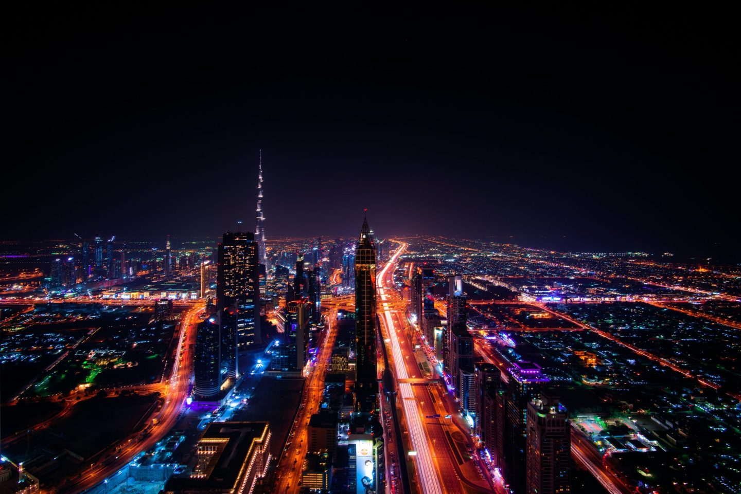 Travelling in Dubai at night