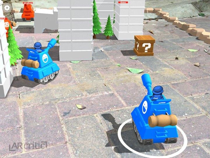 Power up crate, Smash Tanks game screenshot