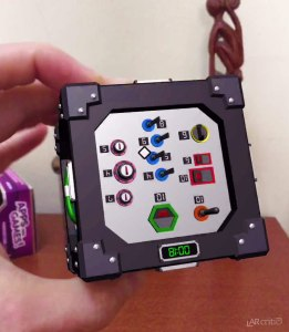 Switches in the game Defused! on Merge Cube