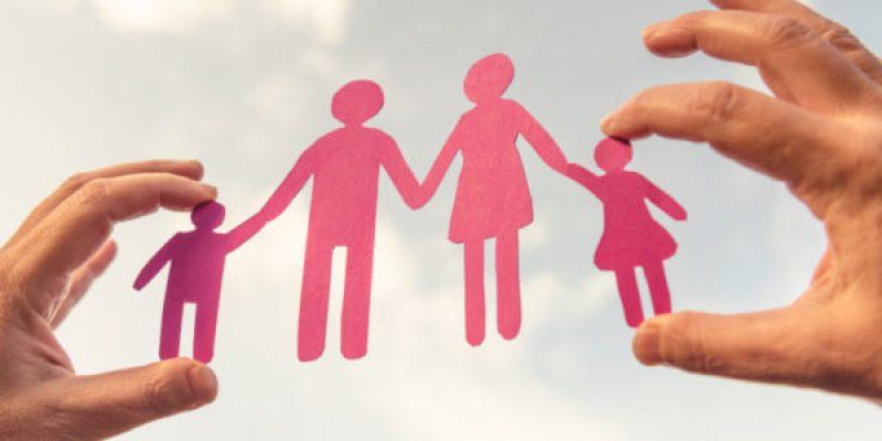 Il est parfaitement normal de couper les ponts avec les membres de famille toxiques qui empoisonnent votre vie!