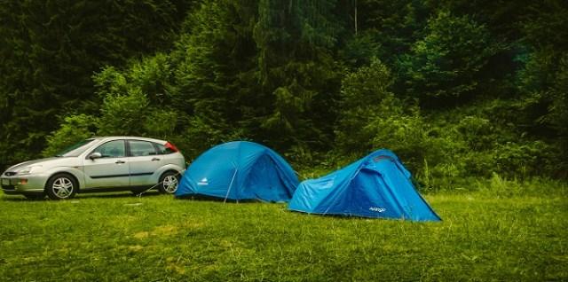 Cu cortul la Voineasa