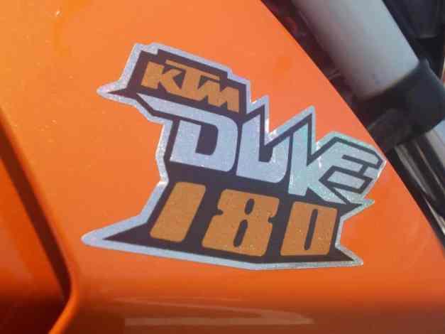 KTM Duke 180... :mrgreen: ...