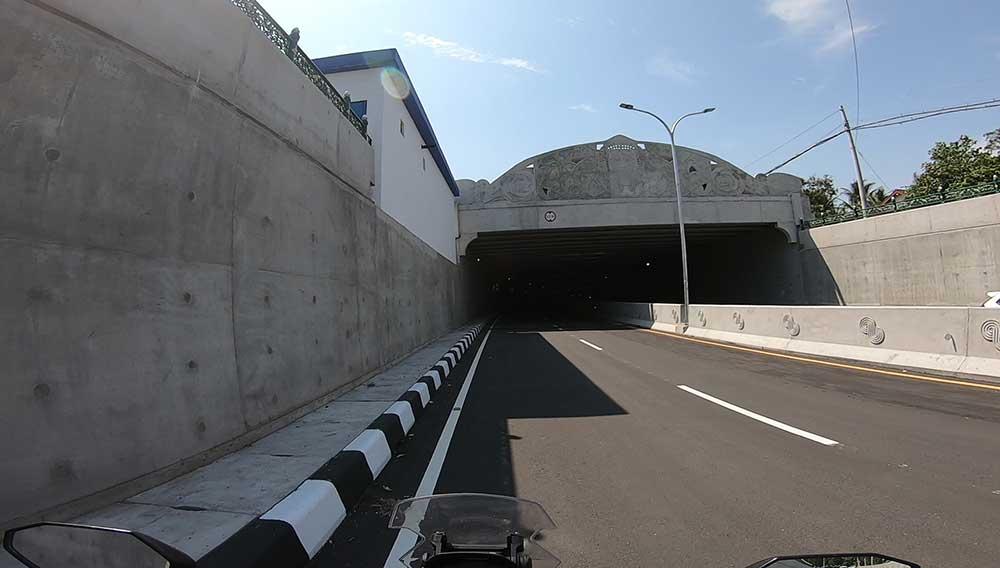underpass bandara yia