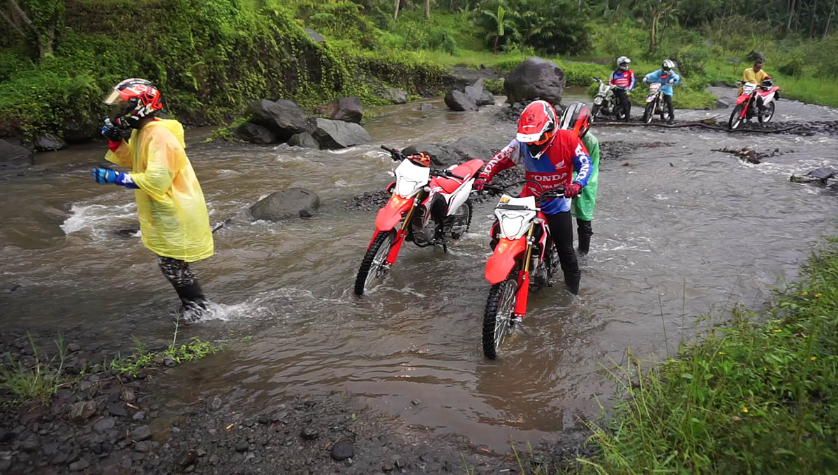 crf 150 offroad