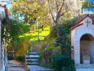 Ιερός ναός Αγίας Φωτεινής Ιλισσού - Ενωμένη Ρωμηοσύνη