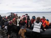 Λέσβος: Τέσσερα μέλη ΜΚΟ και 6 αλλοδαποί σε κύκλωμα που έφερνε μετανάστες στο Βόρειο Αιγαίο