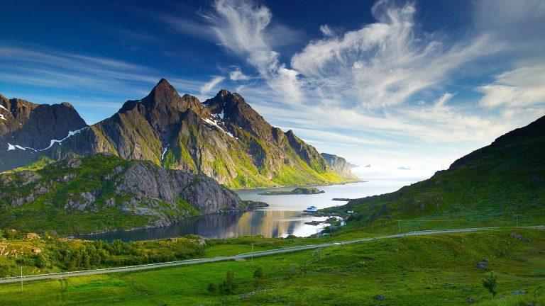3D-nature-landscape-photo-of-mountaint-768x432