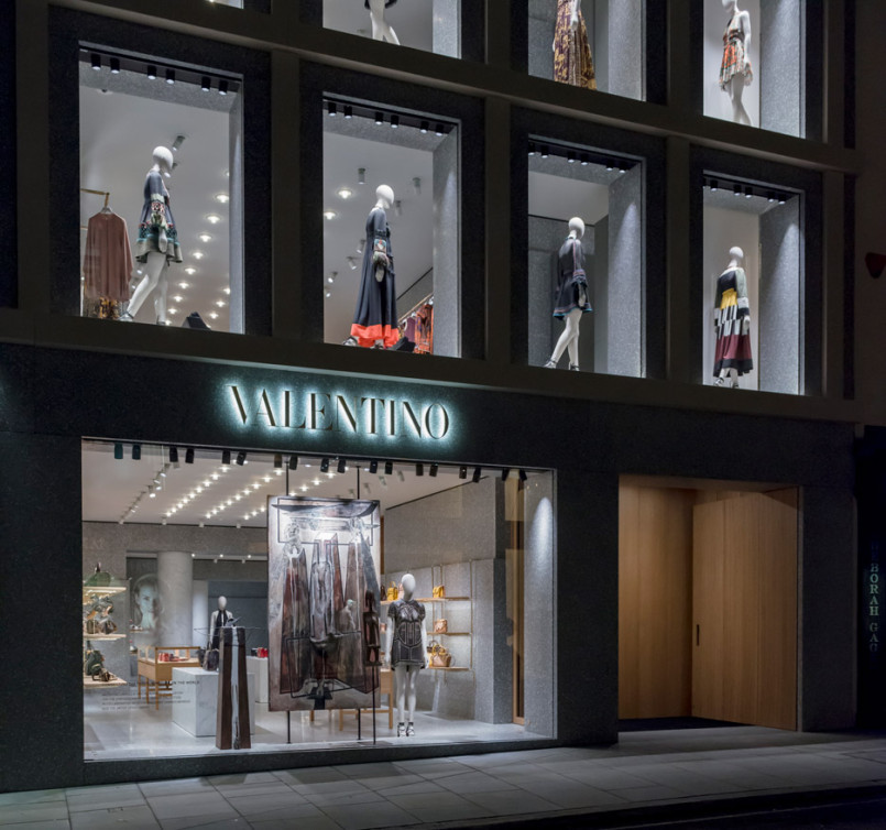 Area-Retail_Valentino_Flagship-Boutique_David-Chipperfield_London_201602_01