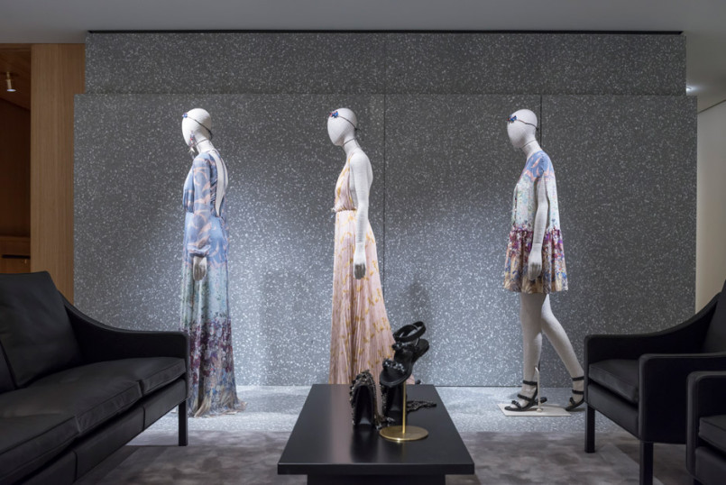 Area-Retail_Valentino_Flagship-Boutique_David-Chipperfield_London_201602_06