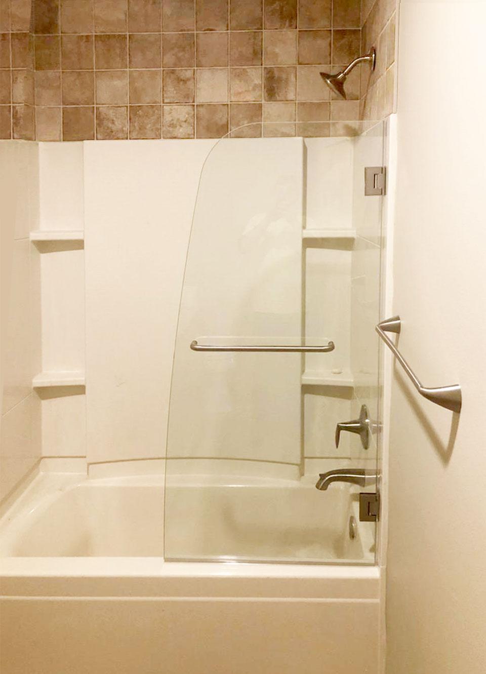 Curved Glass Swing Shower Door