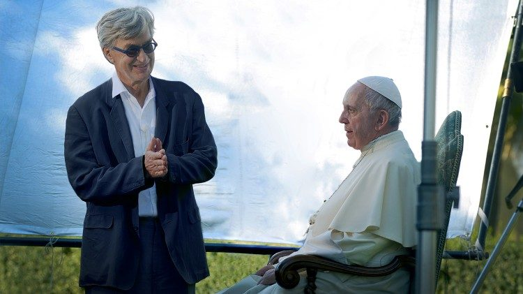 Cannes Proyecciones Especiales  El papa FRANCISCO  en la lente de Win Wenders  Por Jairo Cruz
