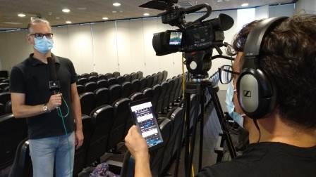 Versión Radio: periodismo en directo para streaming en plataformas sociales con cámaras JVC