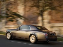 2009-Rolls-Royce-Phantom-Coupe-Rear-And-Side-Speed-1-1024x768