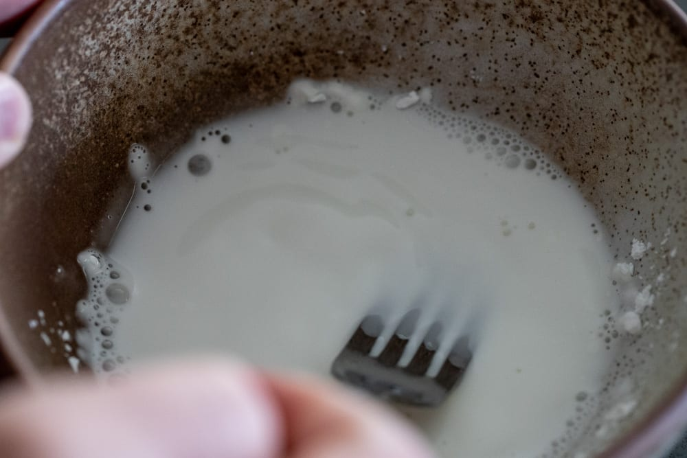 woman making a cornstarch slurry