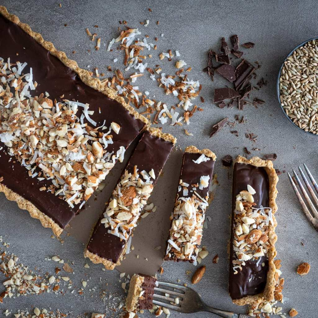 Perfect Dark Chocolate Almond Tart