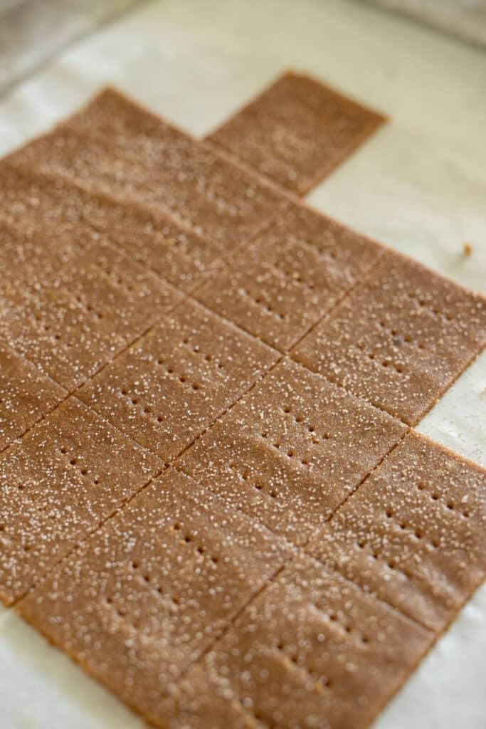 Vegan graham crackers cut into squares.