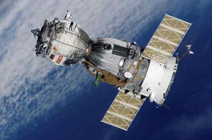 Spaceflight nanosatellite launch