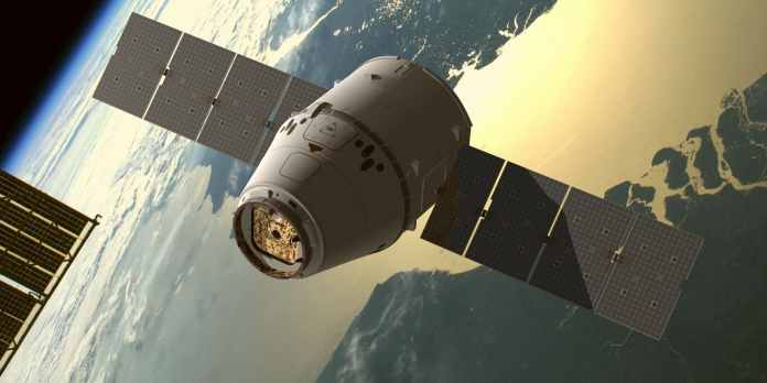 spinonews SpaceX Dragon spacecraft returns to Earth